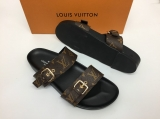 2020.06 Super Max Perfect LV Men And Women Slippers - XJ260 (66)